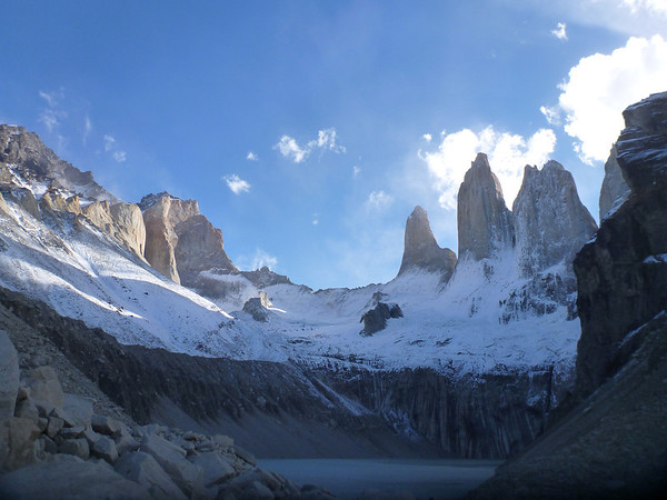 Glaciar Torres with the Sur, Central and Norte towers at right