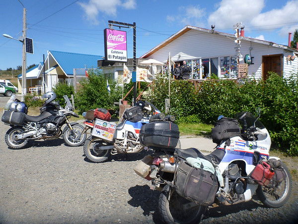 Roadhouse between Pta Arenas and Pto Natales