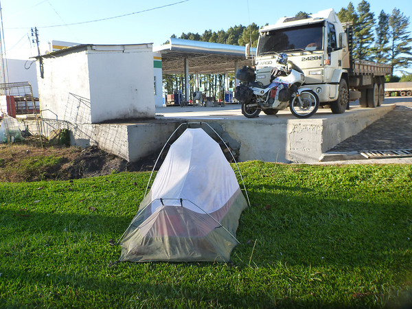 Nice truckstop campsite.  On the way to Lages, Brasil