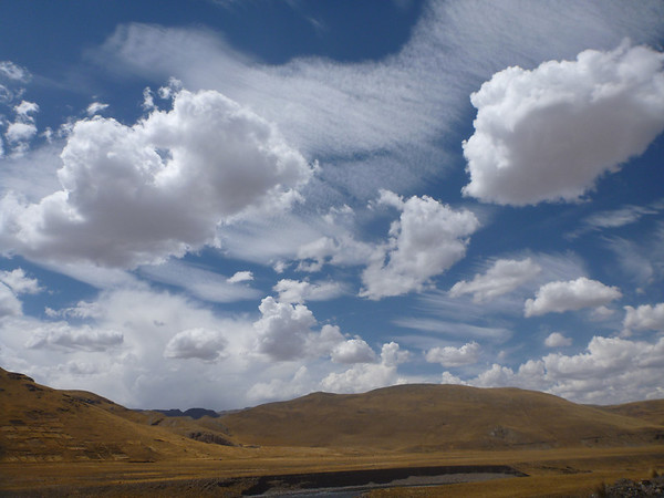 interesting clouds on the way to Puno
