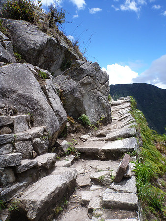 Trail around Wayna Picchu