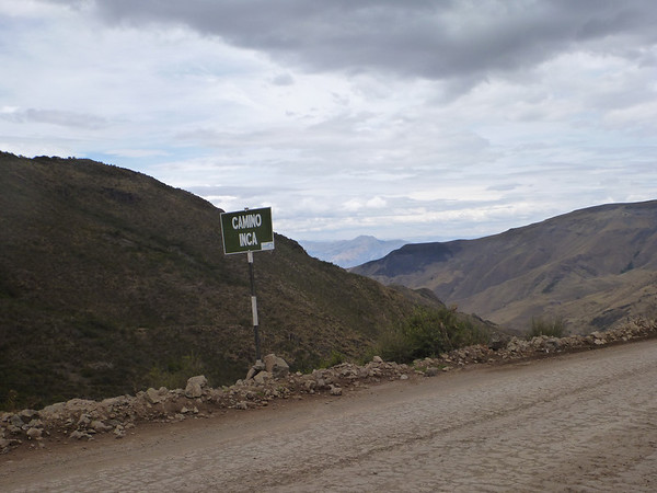 Following the Inca Trail on the way to Ayacucho